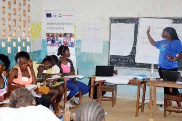 girls-health-club-training